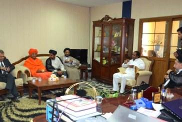 برعاية مؤسسة الحكمة .. كلية التربية الأساسية تستضيف الناشط العالمي الهندوسي (سُوامى اَگنى وِش)
